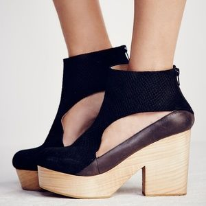 Free People Horizon Leather Cutout Clogs